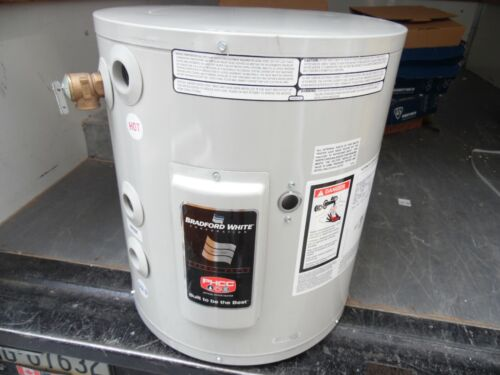 Bradford White LE115U3 15 Gallon Electric Hot Water Heater Commercial 277V 1 Ph