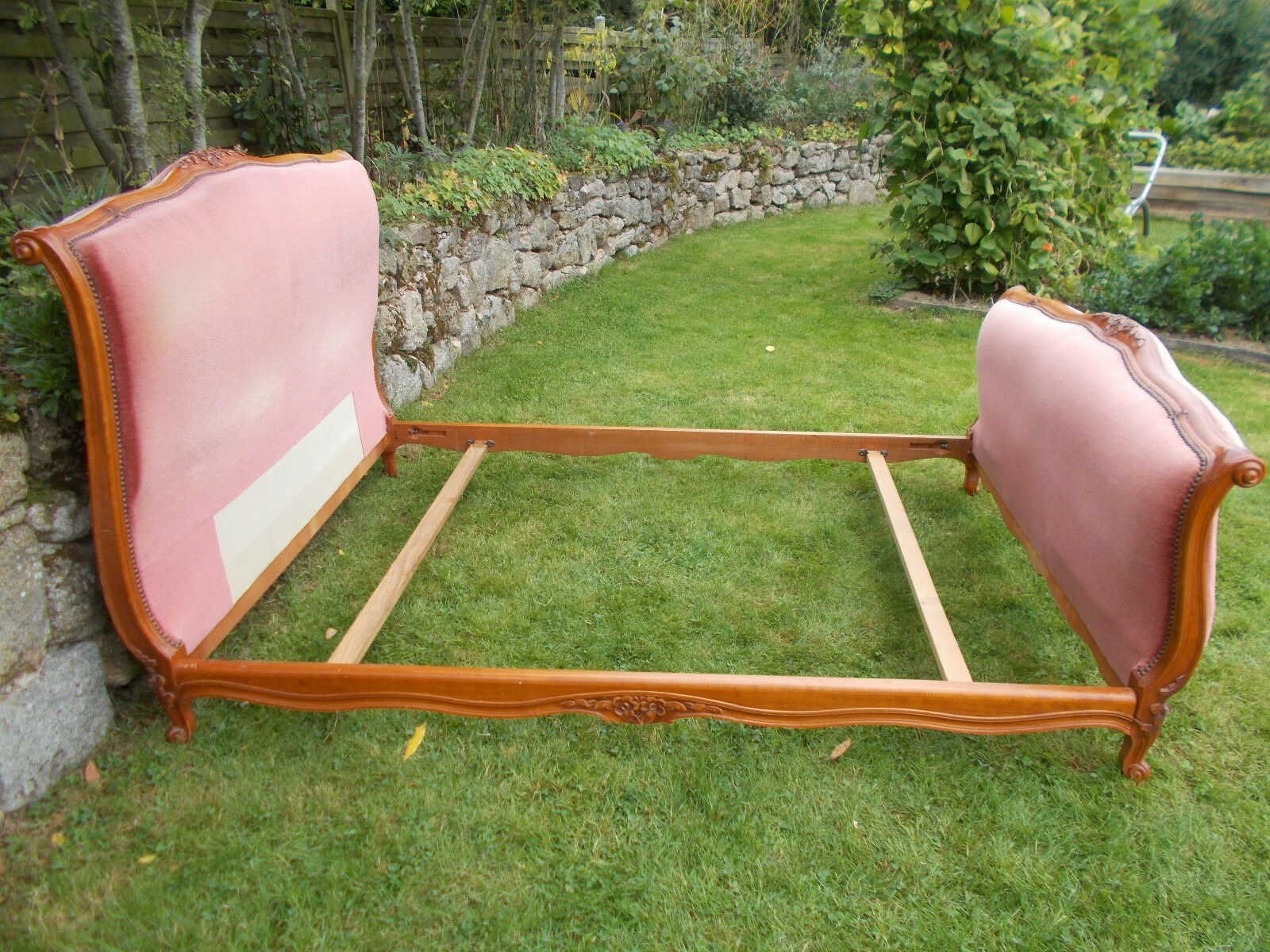 VINTAGE FRENCH DOUBLE BED QUALITY SLEIGH BED FRAME DUSKY PINK VELVET      (#2)