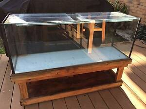 4 foot fish tank and stand Tullamarine Hume Area Preview
