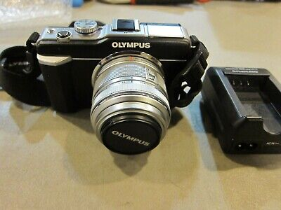 Olympus PEN E-PL1 12.3MP Digital Camera with 14-42mm Lens - FREE SHIPPING