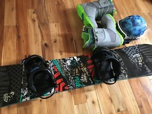 K2 Fuse snowboard, with accessories
