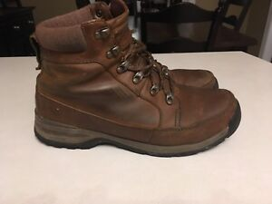Men's North Face winter hikers
