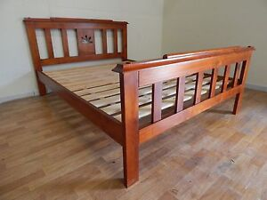 Queen size bed frame SYDNEY DELIVERY & ASSEMBLY AVAILABLE Windsor Hawkesbury Area Preview