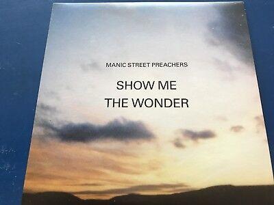 "MANIC STREET PREACHERS - 7"" VINYL Part 1 SHOW ME THE WONDER / T.E. LAWRENCE ON"