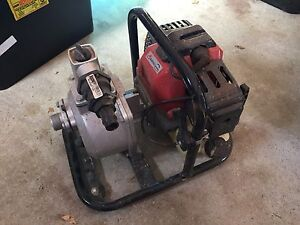 """3"""" transfer pump (fire fighter pump) Beaconsfield Fremantle Area Preview"""