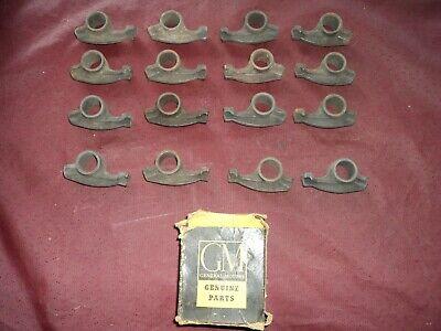 Nos GM 1952 1953 1954 1955 Oldsmobile 303 324 Rocker arm set 16
