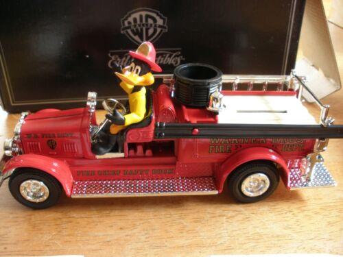 WB Gallery 1926 Seagrave Firetruck Daffy Duck ERTL NIB 1999 WBSS Warner Brothers