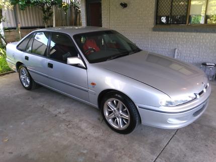 96 VS Holden commodore acclaim