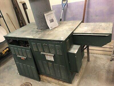 Raypak Gas Hot Water Boiler 160 Psi 961700 Btu Model 926