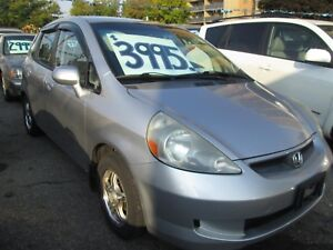 2007 Honda FIT LX - 5 Speed!