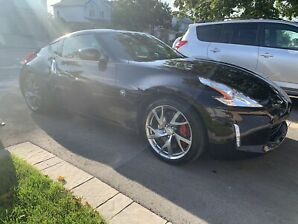 Nissan 370z sport package en excellente condition