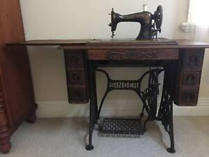 Singer Treadle Sewing Machine Antiques Art Collectables Gumtree Australia Free Local Clifieds