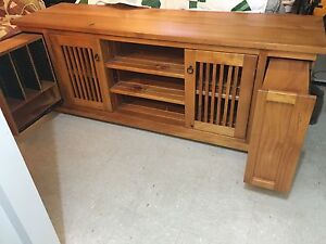 Timber tv cupboard Bligh Park Hawkesbury Area Preview