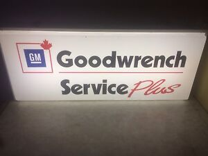 Vintage GM goodwrench light up sign