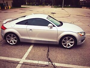 GORGEOUS TOP OF THE LINE AUDI TT