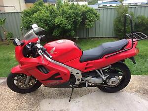 Honda VFR750 motorcycle Shellharbour Shellharbour Area Preview