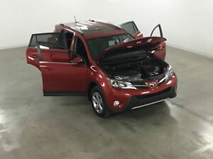 2015 Toyota RAV4 XLE 2WD Mags*Toit*Camera Recul*Sieges Chauffant