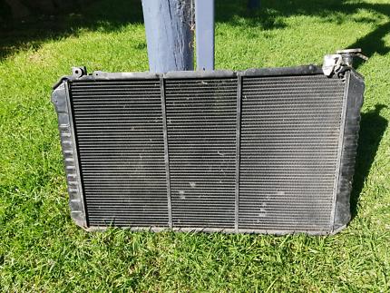 Gq y60 nissan patrol td42 radiator copper brass lalor 3075