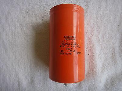 Siemens Capacitor 250v B43584-a2478-q