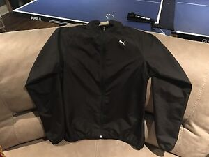 PUMA Slim Wind Breaker