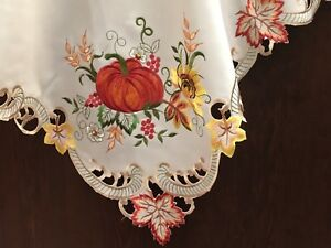 Brand new table clothes EMB with pumpkins Thanksgiving On Sale