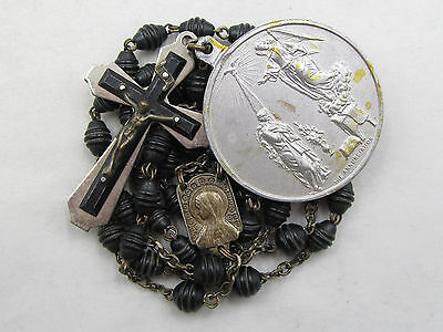 "† VINTAGE SCAPULAR CENTER & UNIQUE BLACK WOOD & HUGE ANNUNCIATION MEDAL 1/2"" †"