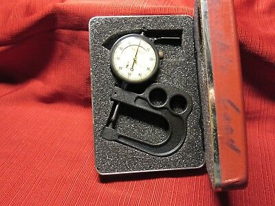 Starrett 1015 B-441 Portable Dial Thickness Gage .001 To 1 Range W Case