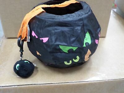 Halloween Trick Or Treat Collapsible Candy Bag Creepy Costume & Spider KEY CHAIN