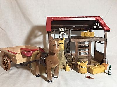 Calico Critters/sylvanian Families Highfields Barn With Horse/pony & Cart