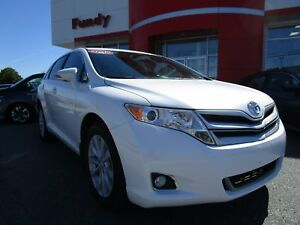 2015 Toyota Venza AWD w/Backup Cam, Alloy, Bluetooth