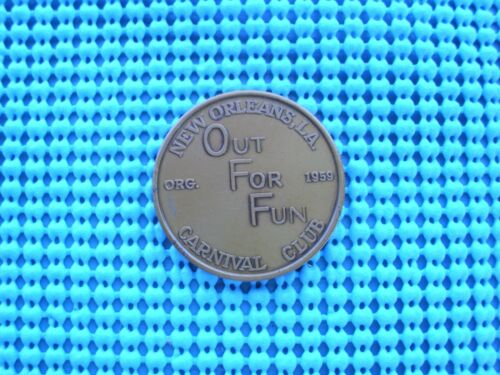 1974 OUT FOR FUN Carnival Club ant bronz Mardi Gras Doubloon -Swing is the Thing