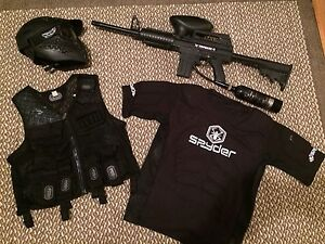 Tippmann X7 paintball marker bundle