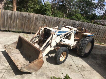 Case front end loader tractor