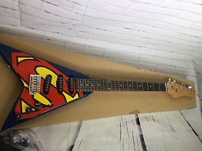 Superman Rockstar Six Flags Limited Exclusive Flying V Electric Guitar 2010 NEW