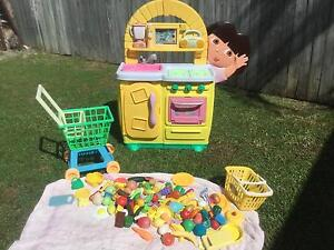 Kids play kitchen and accessories Waterford West Logan Area Preview