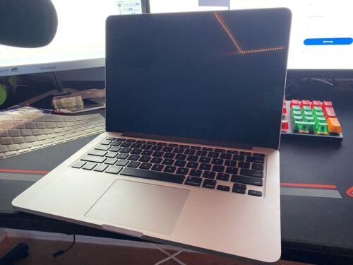 Apple MacBook Pro A1502 13.3 Inch Laptop - MF839LL/A March, 2015  - $500.00