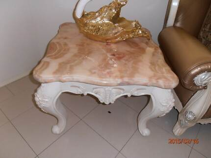 Marble coffee table very good quality. Excellent condition