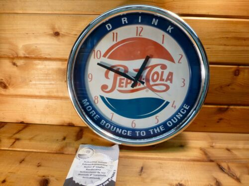 PEPSI COLA WALL CLOCK BATTERY OPERATED WORKS 1997 RED WHITE BLUE