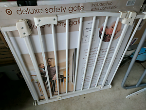 Safety Gate Brunswick West Moreland Area Preview