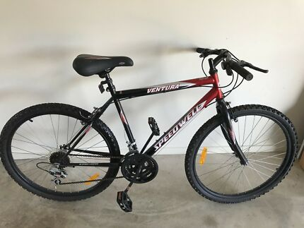 GT Avalanche 3.0 Small Frame Mountain Bike | Men\'s Bicycles ...