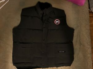 Canada Goose Vest XXL in Grey colour