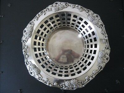 antique Derby Silver Co. silver plated fruit basket, repousse grape clusters, la