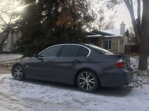 BMW 323i with Fresh Safety and Low Km's