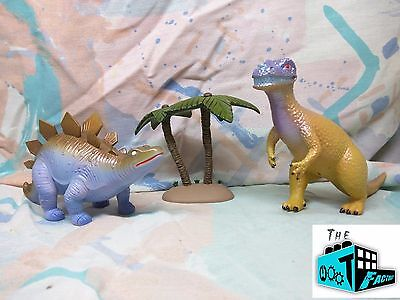 WASH'S INEVITABLE BETRAY DINOSAUR FIGURE SET - New! - Firefly Cargo Crate - 9/16