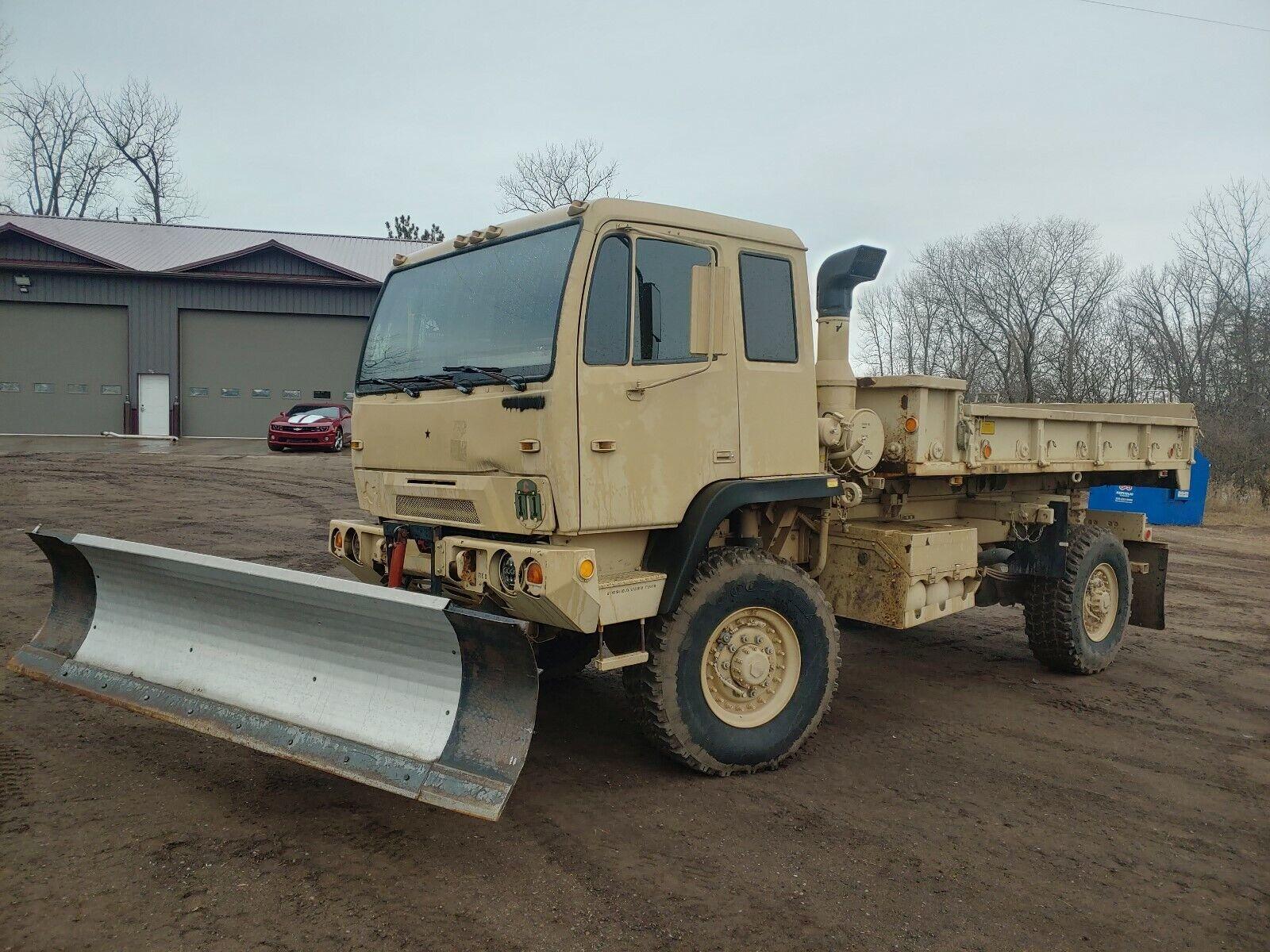 M1079 LMTV Cargo Truck Duece and a Half MTV Military 2.5 5 Ton HMMWV Hummer 6x6