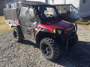 2010 RZR Ranger 800 P/S, w heater and cab