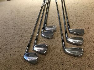 Titleist 712 MB Irons - Right Handed