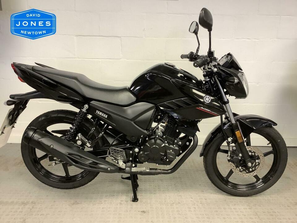 Yamaha YS 125 YS125 2018 / 68 Only 1280 miles