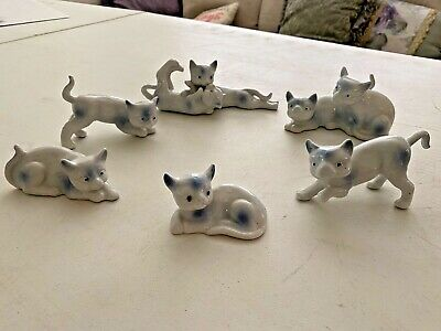 Set of six pieces - white and blue playful cats, ceramic, circa 1950