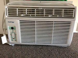 Kool King Air Conditioner with remote / 8000 BTU
